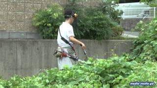 平生町ガレージスペースの草刈りボランティア