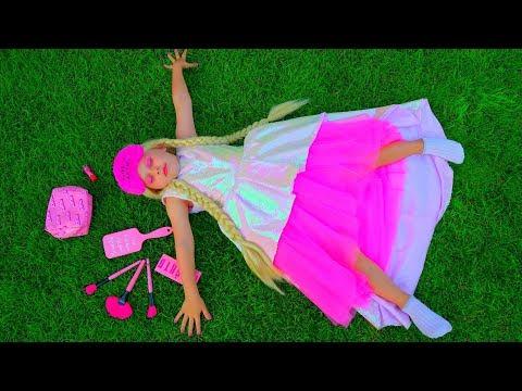 Дана заигралась в Барби