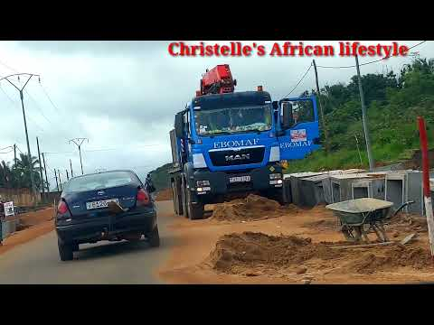 Very impressive 👍 Road work in Togo West Africa 🇹🇬🇹🇬🇹🇬🇹🇬. Togo to the world.