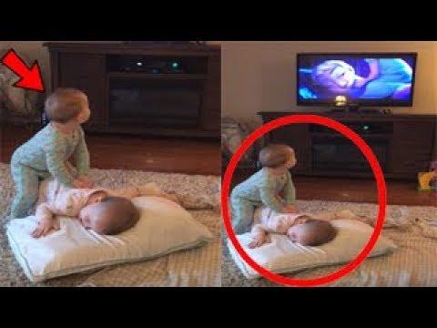 """ظنت الأم أن أطفالها يشاهدون أفلام ديزني .. """" ولكن أنت لن تتخيل ماذا فعلوا """""""