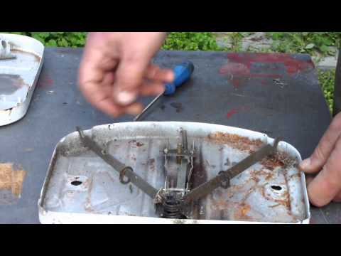 DISASSEMBLING MECHANICAL BATHROOM SCALE