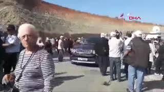 Ada'da KKTC ile Güney Kıbrıs arasında iki sınır kapısı açıldı
