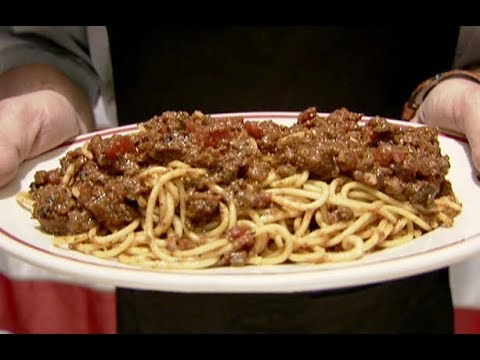 How to Make Alton's Spaghetti and Meat Sauce | Food Network