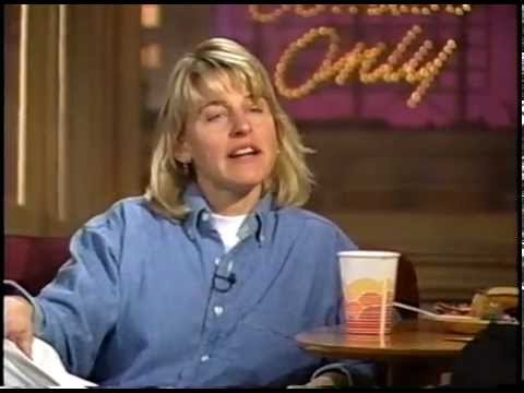 "ELLEN DeGENERES on ""COMICS ONLY"" w PAUL PROVENZA (1991 Ep114)"