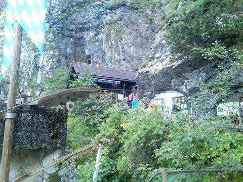 Bergmarsch zur Zugspitze Part I Höllentalklamm