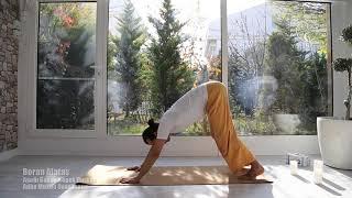 Boran Alataş | Aşağı Bakan Köpek Duruşu | Adho Mukha Svanasana | YogaHouse | (2)