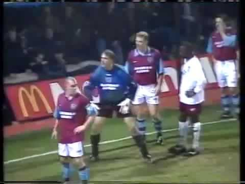 WEST HAM UNITED FC V ASTON VILLA FC 1996 - 0-2 - 4TH DECEMBER 1996