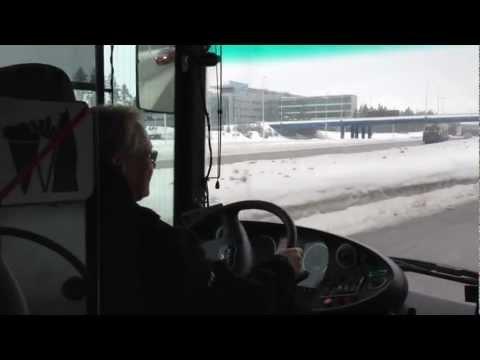 HSL 615 ja bussikuski Tessi - Suomalaista asiakaspalvelua parhaimmillaan