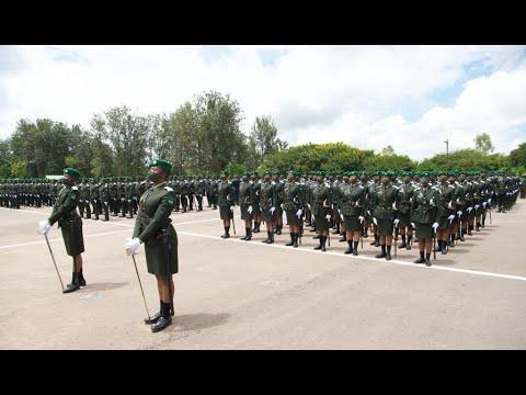 Download FULL PARADE: Irebere akarasisi gatangaje  k'abasirikare basoje amasomo i Gako