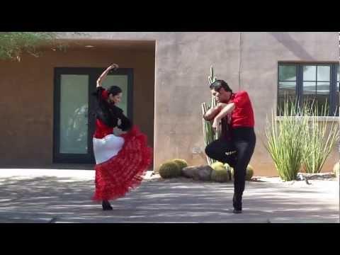 flamenco-dance-phoenix,-chili-and-chocolate-fest-at-desert-botanical-gardens-sevillanas-arizona