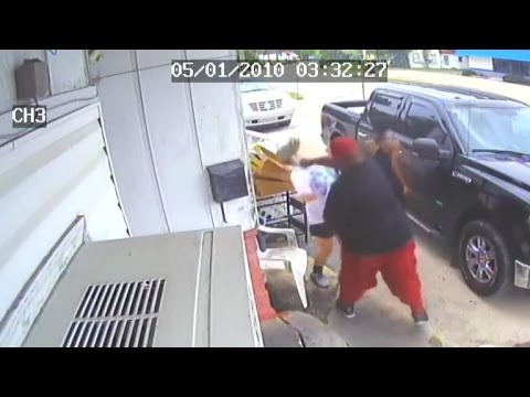 Restaurant owner and teen daughter attacked over cold chicken