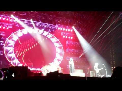 Queen + Adam Lambert - Radio Gaga - Singapore 170916