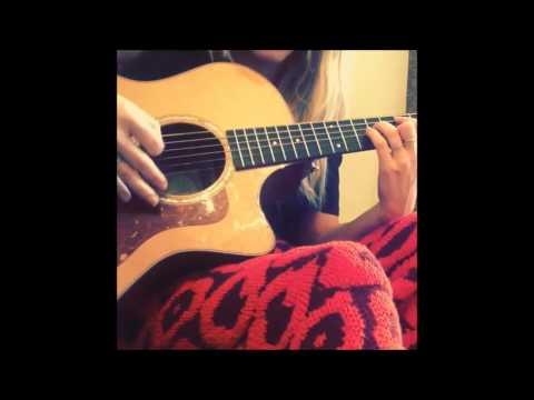 Ellie Goulding Instagram videos - singing / playing guitar
