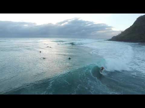 Burleigh Heads surfing drone vid