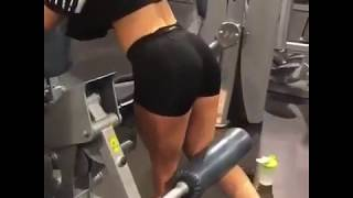 Amazing squat workout morivation by an amazing girl