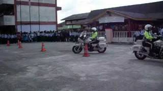 SMK HUTAN MELINTANG- (a) HARI POLIS 2010 V3