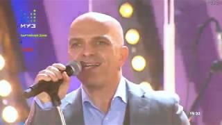 Смотреть клип Александр Шоуа - Мир Сошел С Ума