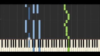 Королек птичка певчая на пианино