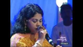"Minimini sings ""Ore Swaram Ore Niram"" - Chitrapournami"