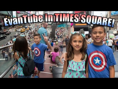 EvanTube in Times Square! Catching the Red-Eye to New York!