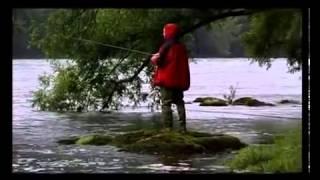 рыбалка на Дунае(а вы знаете что в Дунае водится 75 наименований рыб? Но самая большая, которую там можно поймать - это сом,..., 2013-05-22T11:58:38.000Z)