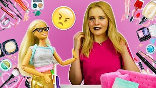 Кукла Барби делает ужасный макияж подруге! Видео для девочек про Барби. Шоу про кукол Мы же подруги