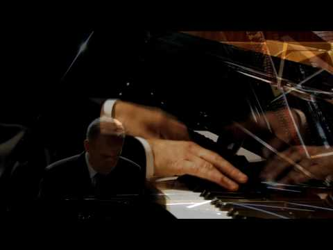 F. Liszt: Vier kleine Klavierstücke: Moderato - Gottfried Hemetsberger (Piano)