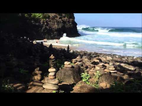 2 Hillbillies In Hawaii   Hanakapiai Beach, Na Pali Coast, Kaua'i