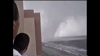 Myrtle Beach tornado/water spout up close 2001 Seen on The Weather Channel Weather Gone Viral
