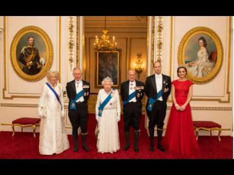 Шеф повар королевской семьи раскрыл секрет, что на самом деле ест Елизавета II