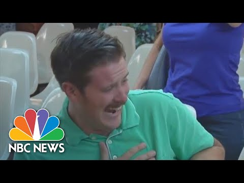 Crystal Rosas - Green Shirt Guy Goes Viral for Laughing at Trump Supporters