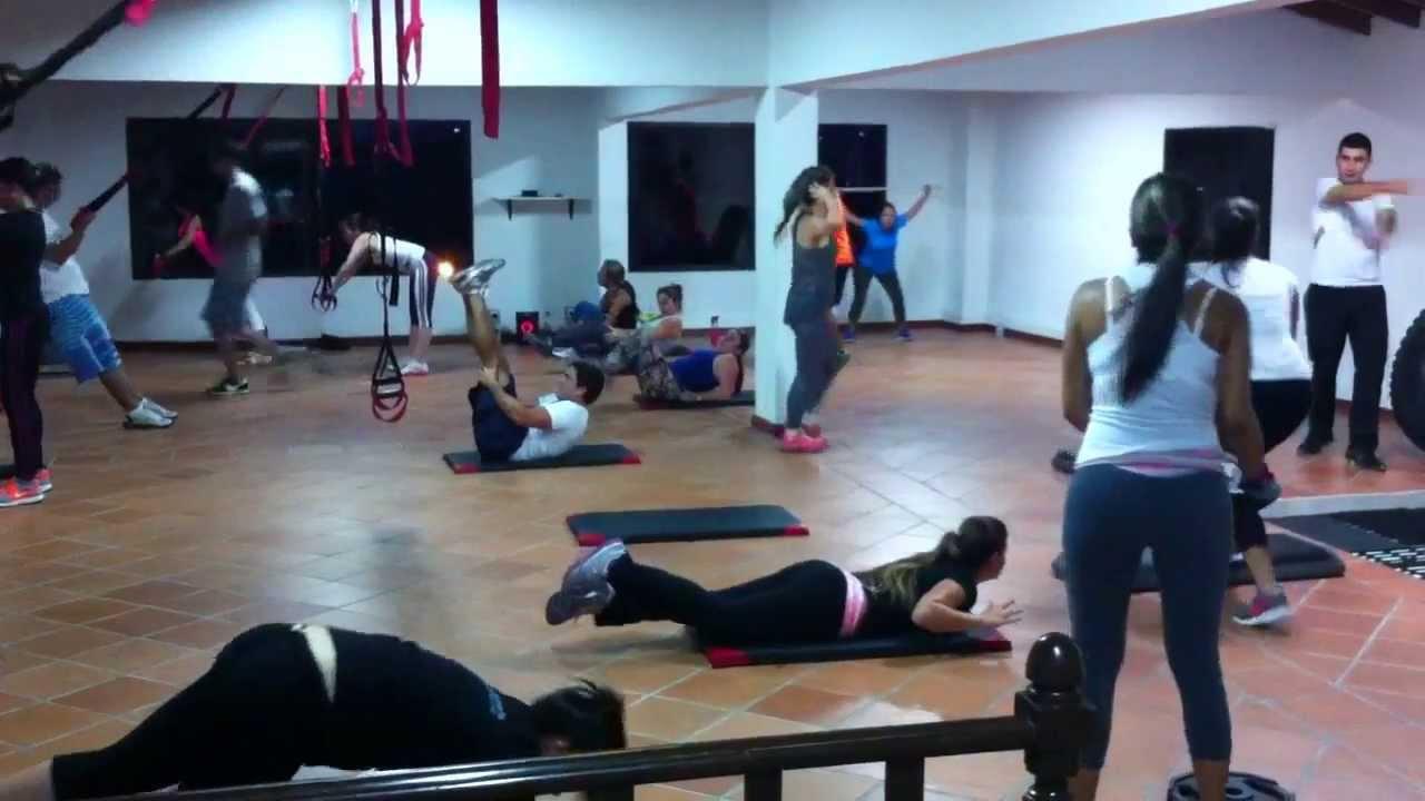 Circuito Gimnasio : Entrenamiento d crossfit en muscle fitness fit circuito
