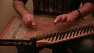Ο Μανώλης Καρπάθιος παίζει κανονάκι - Manols Karpathios plays kanun