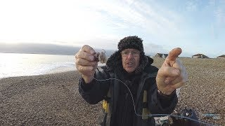 SOLO WINTER BEACH FISHING - INTO THE DARK