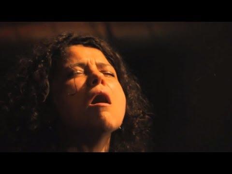Iva Bittová - Zvon - křest alba - Animal Music a SUPRAPHON 2012