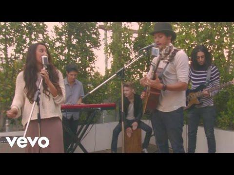Alex & Sierra - Scarecrow (Rooftop Acoustic)