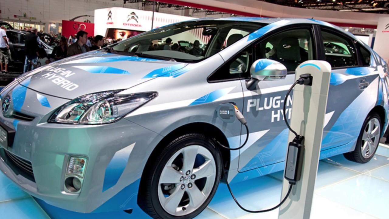 5 ข้อเสียรถยนต์พลังงานไฟฟ้า : Car of Know : Car Reviews - YouTube