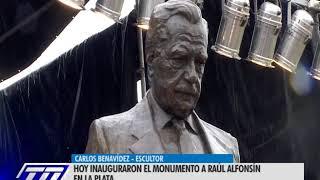 MONUMENTO A RAUL ALFONSIN- LA PLATA