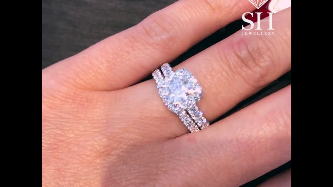 Pavé Set Women S Diamond Wedding Band Pictured With 0 28ct Only