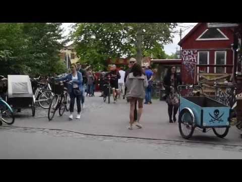 """Christiania, """"ville libre"""". Un voyage multisensoriel dans le quartier alternatif de Copenhague"""