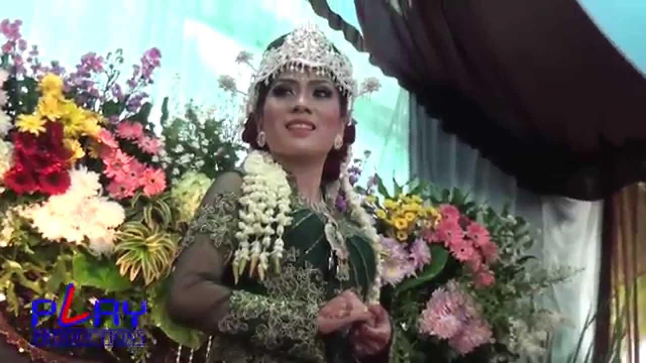 Download PLAY PRO - Cuplikan Pernikahan ANTO & MITHA