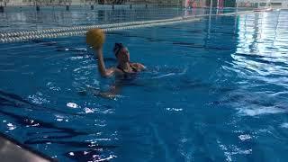 Водное поло (работа с мячом в воде)