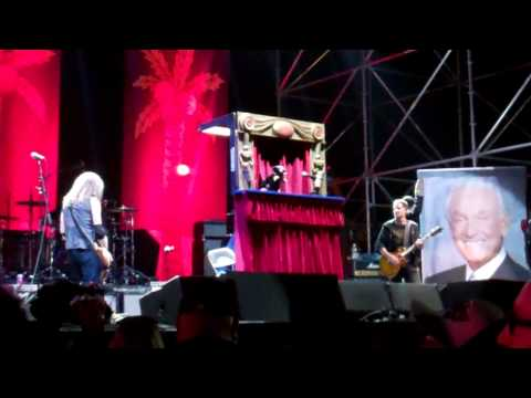 Anti Bob Barker Song - Triumph The Insult Dog with Jack Black Live at The Festival Supreme