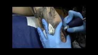 tattoo_процесс нанесения татуировки_портрет Janis Lyn Joplin_мастер Надточий Юлия