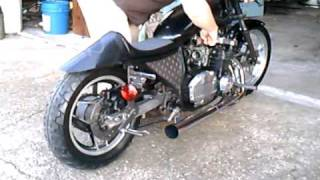 Suzuki Drag Bike loud Pipes