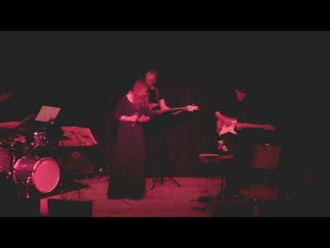 Katrin Eggert live in Essen: I put a spell on you