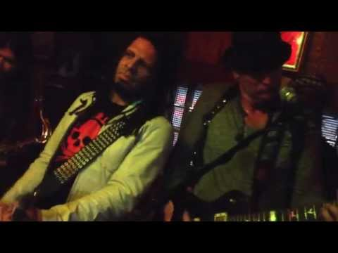 Talking Heads Psycho Killer -cover by Lantz Lazwell & The Vibe Tribe feat Eric McFadden