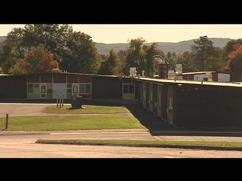 New pattern for student drop-offs at Meadow Brook School in East Longmeadow