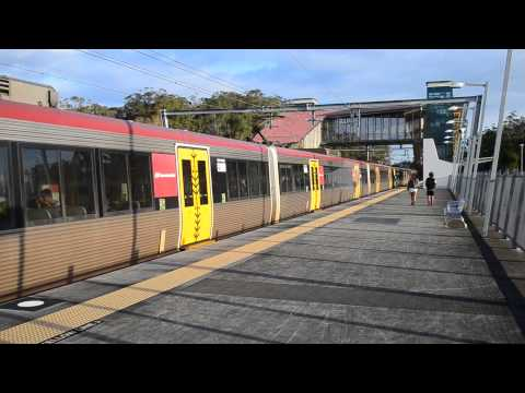 Elimbah Station (Queensland Australia)commuter and Express trains