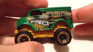 Hot Wheels Monster Dairy Delivery (2018 Holiday Racers - Happy New Year)
